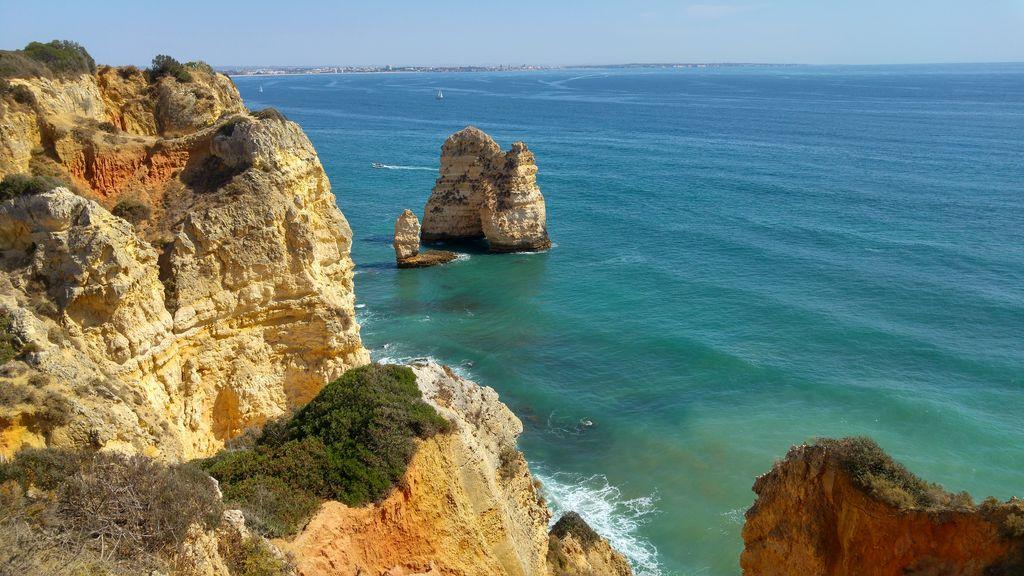 happycurio falaises portugal ponta da piedade lagos plage