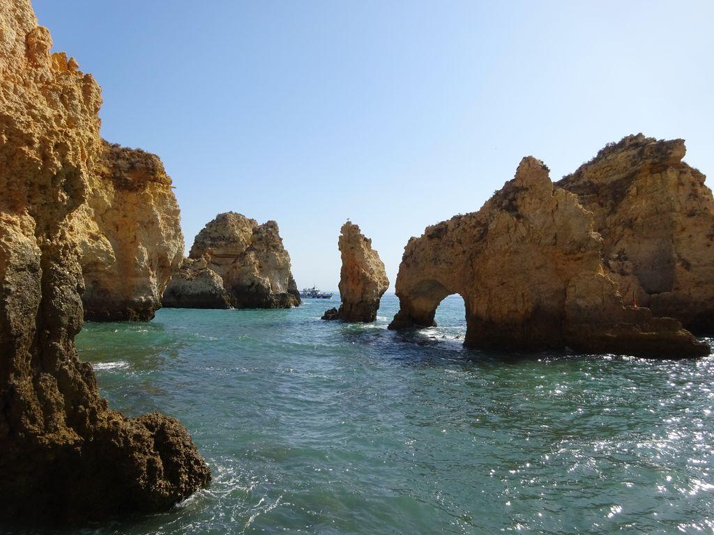 happycurio plage falaise ponta da piedade lagos portugal