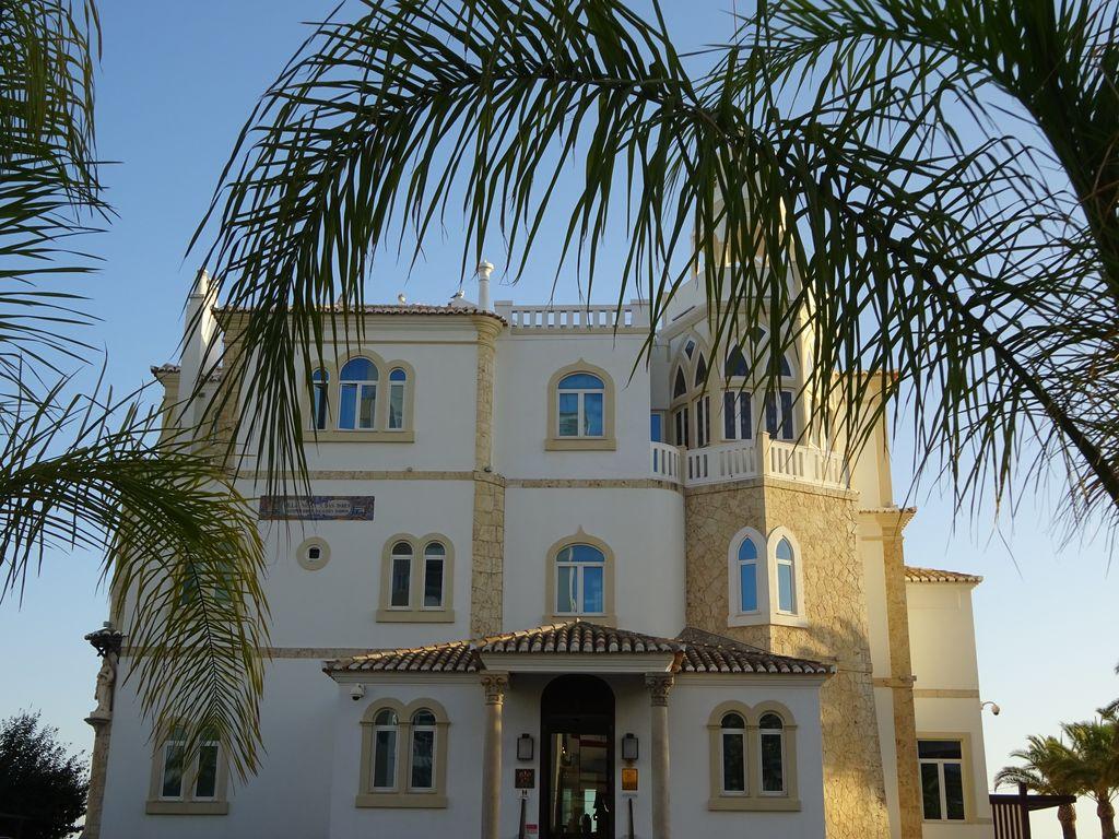 happycurio portimao bela vista hotel chateau praia da rocha