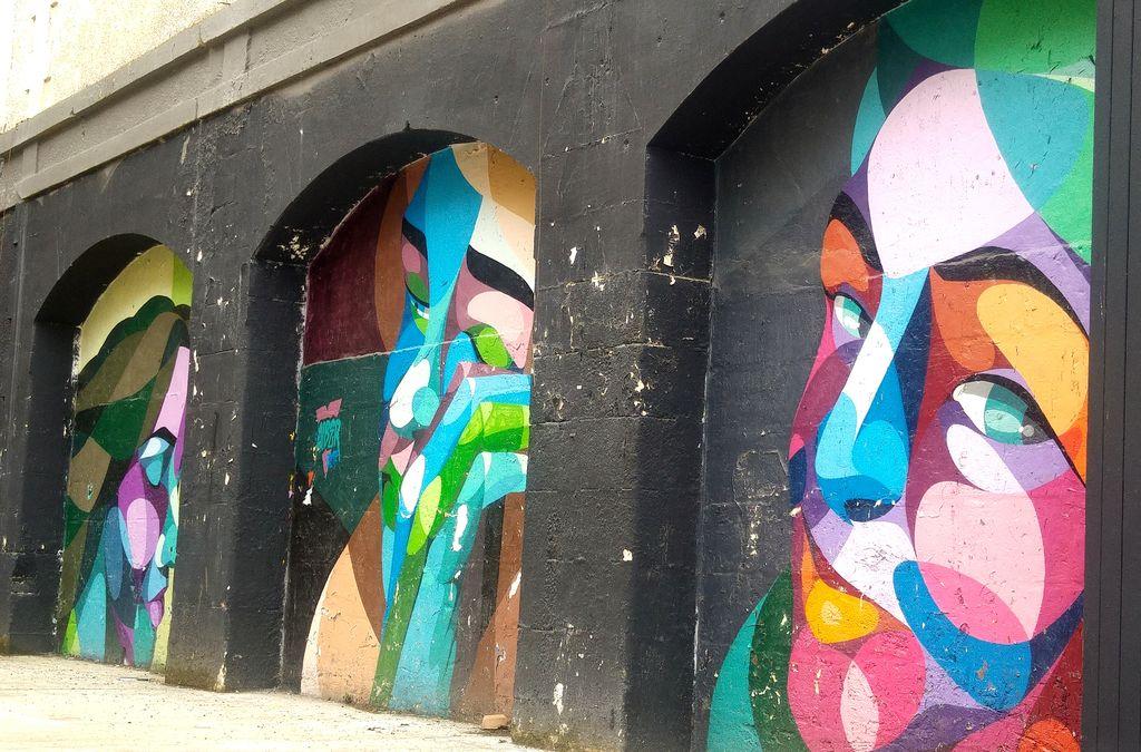 happycurio ou voir street art bordeaux alber visages couleurs