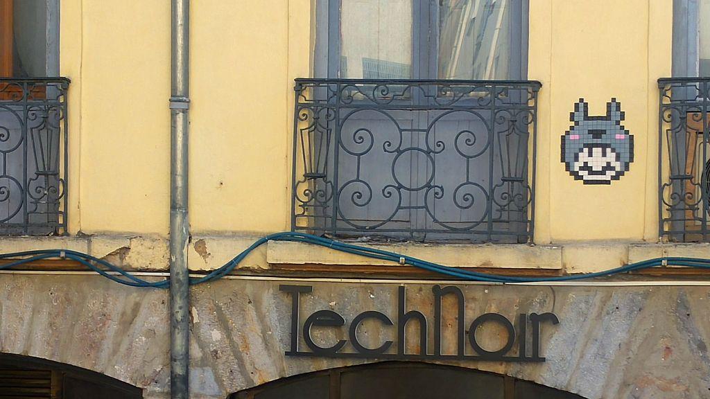 happycurio pentes croix rousse lyon street art in the woop mosaique