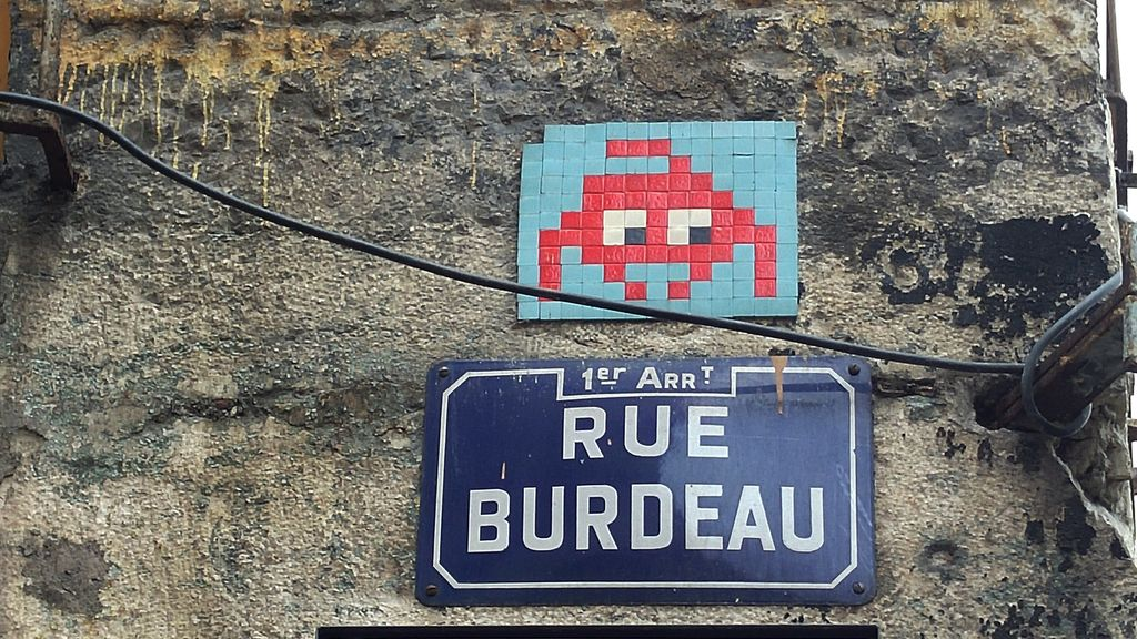 happycurio space invader rue burdeau lyon pentes croix rousse