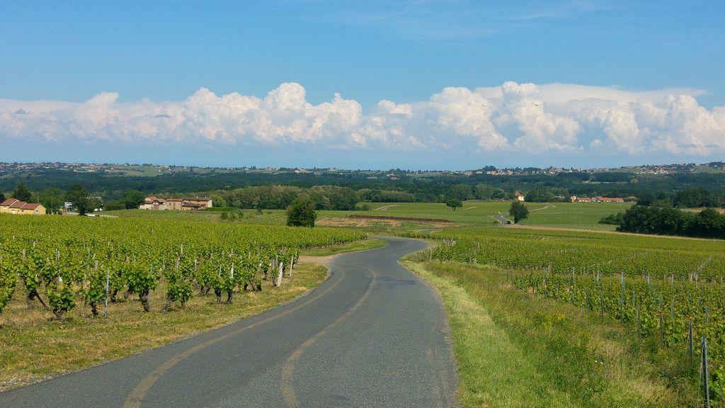 happycurio route beaujolais auvergne rhone alpes