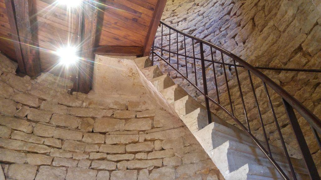 happycurio village medieval pres de lyon