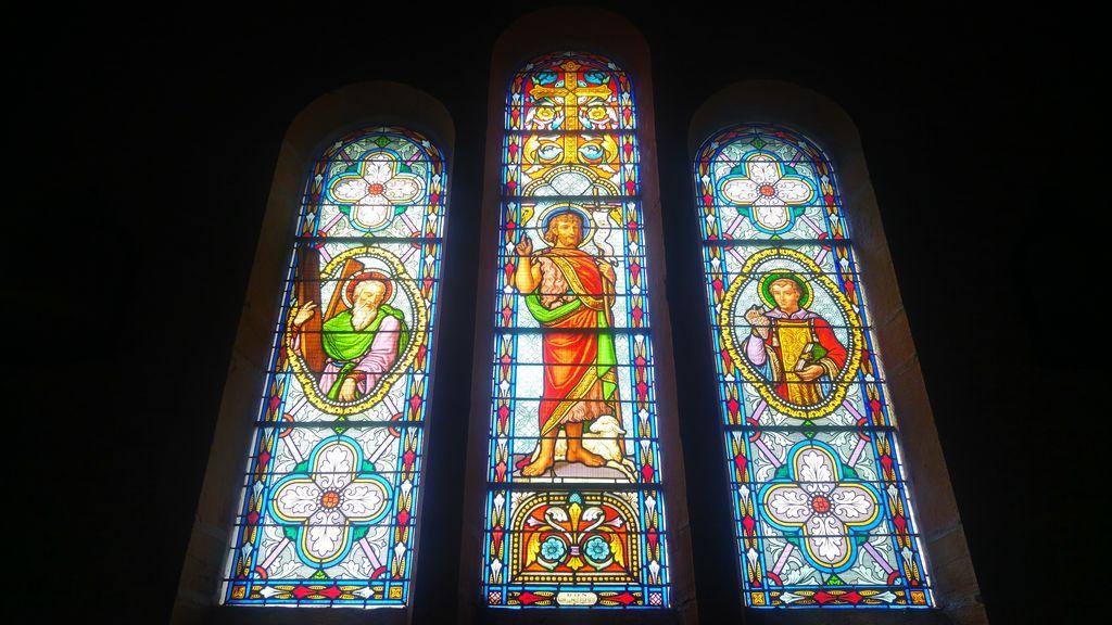 happycurio vitraux eglise oingt beaujolais