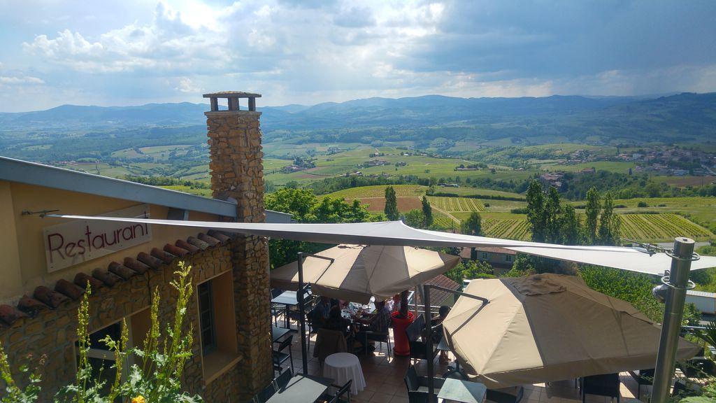 happycurio vue panoramiques beaujolais oingt
