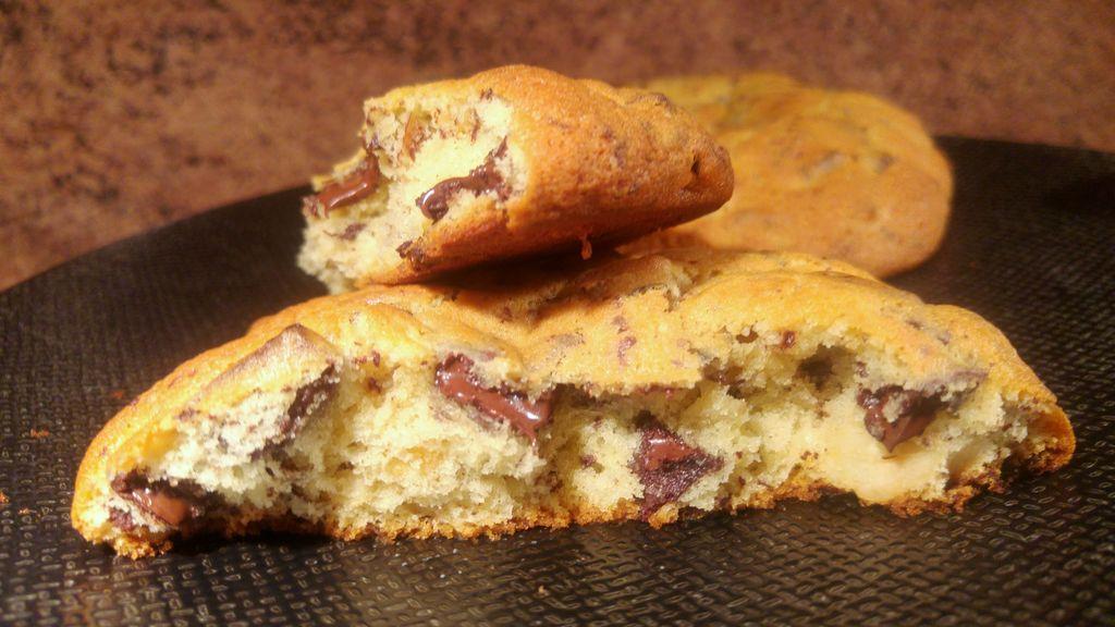 happycurio cookies coeur meolleux levain bakery