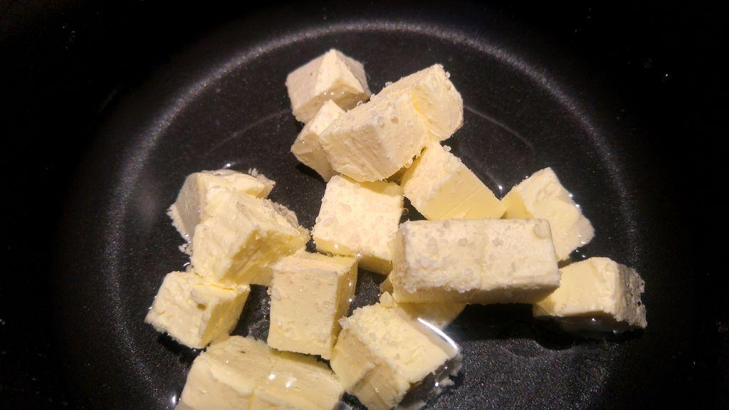 happy curio gougères bourgogne fromage