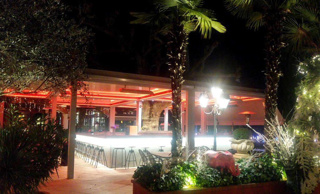 happycurio terrasse lyon bar resto