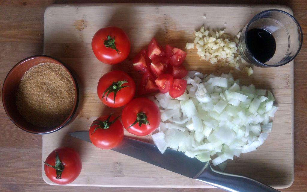 ingrédients pour ketchup maison