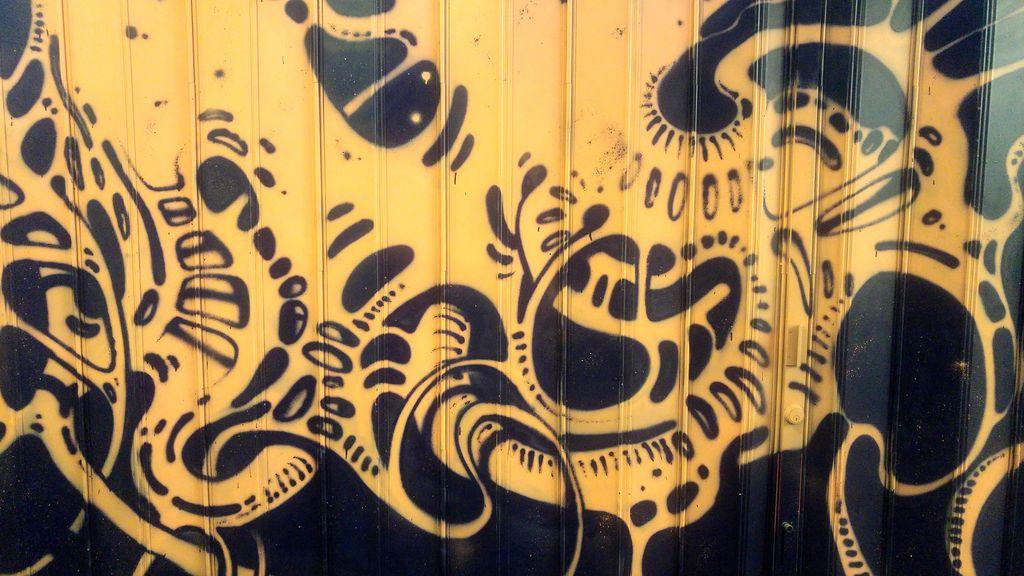 mr sphinx street art lyon