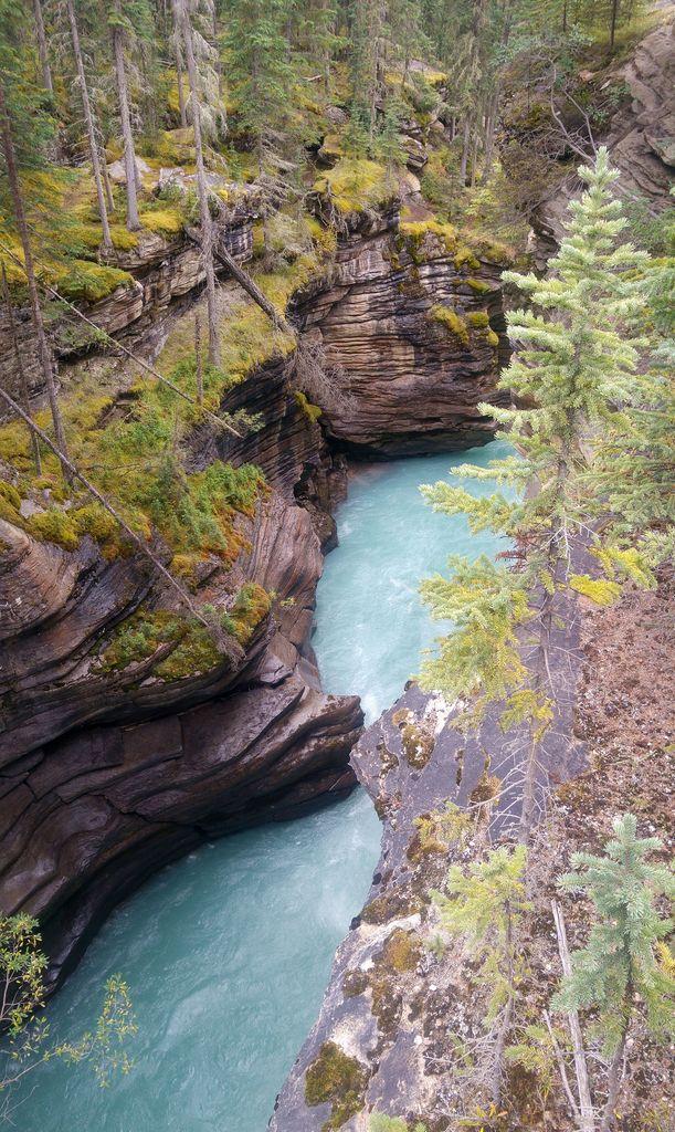 athabasca canyon cascade
