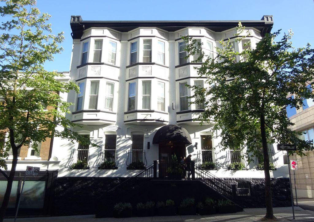 boutique hotel victorian vancouver