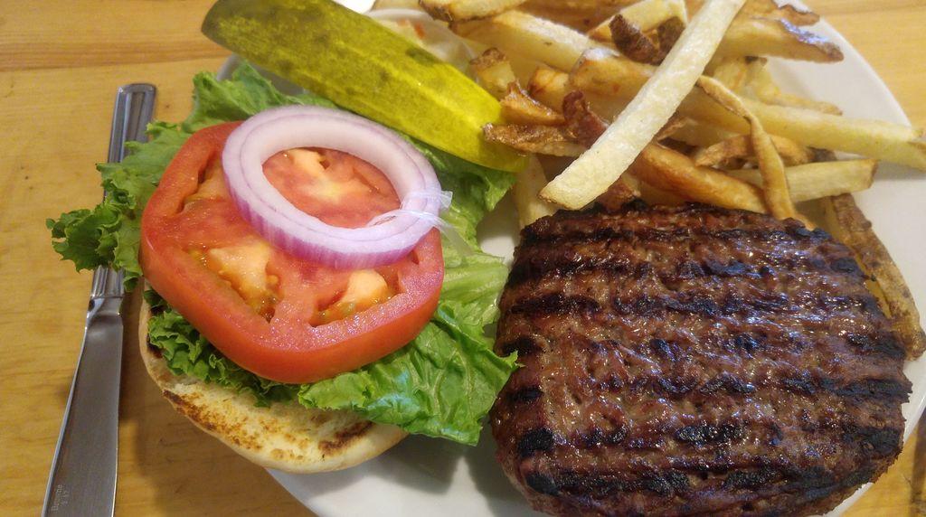 elk burger bill peyto's café