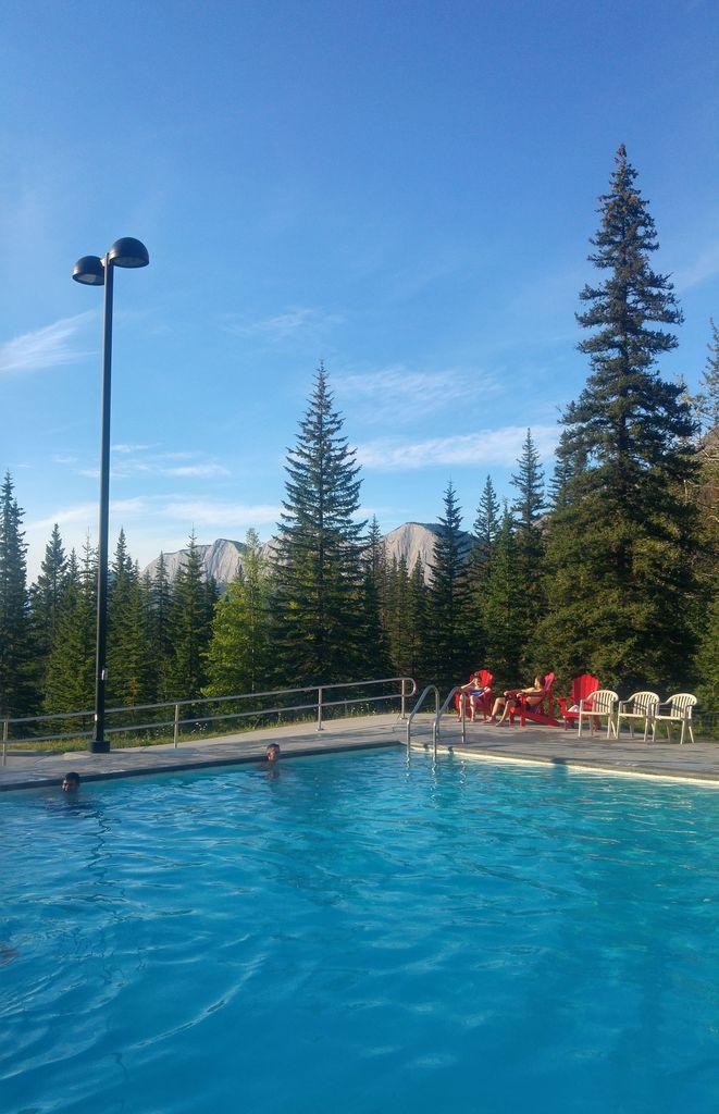 miette hot springs sources d'eau chaude