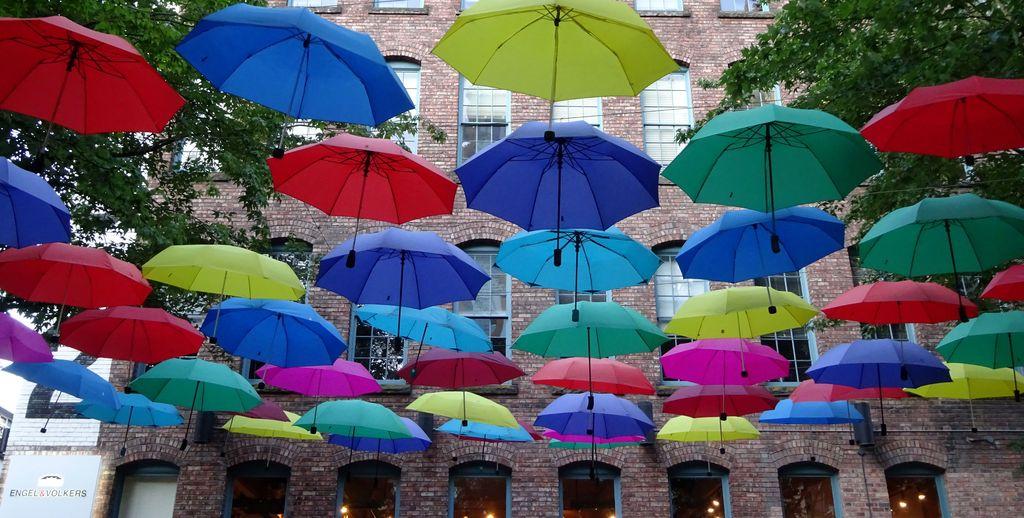 parapluies metro yaletown vancouver