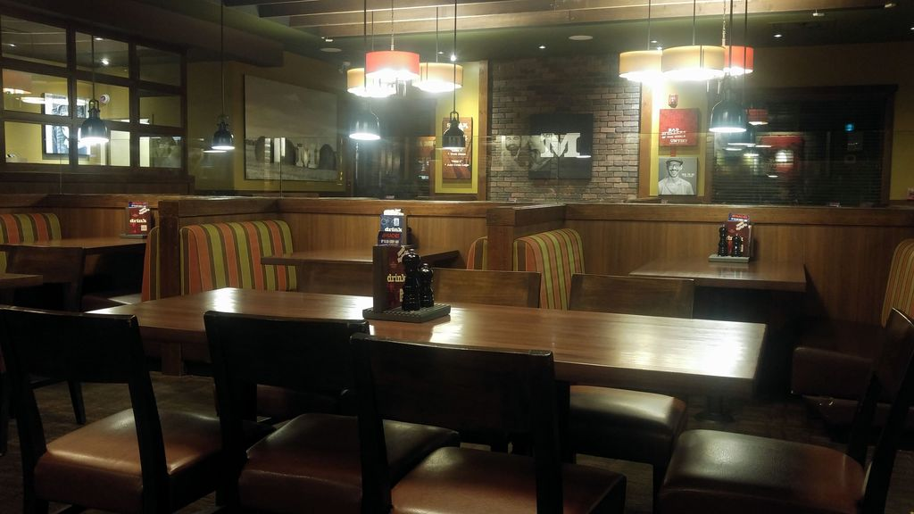 restaurant hinton canada