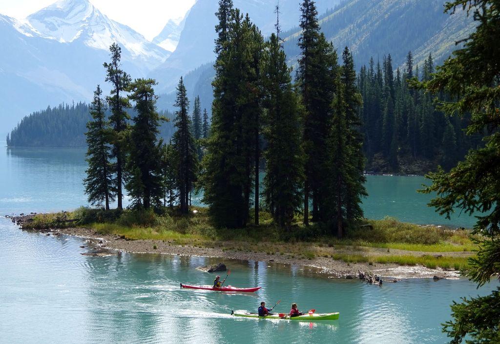 spirit island canoe