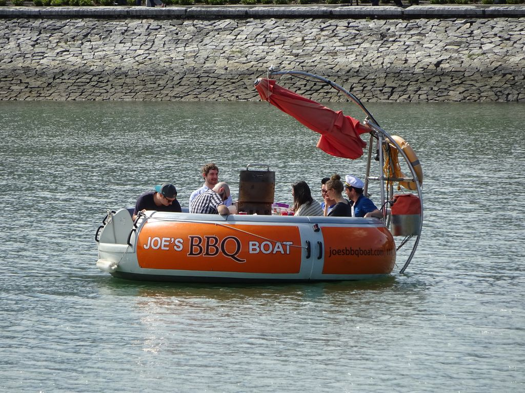 vancouver joe's bbq boat