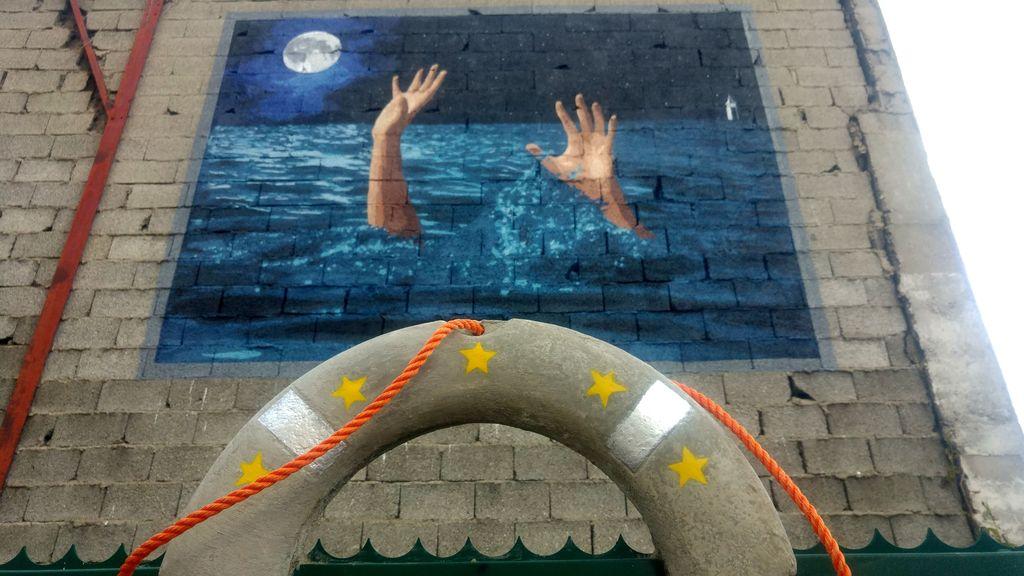 big ben europe street art lyon