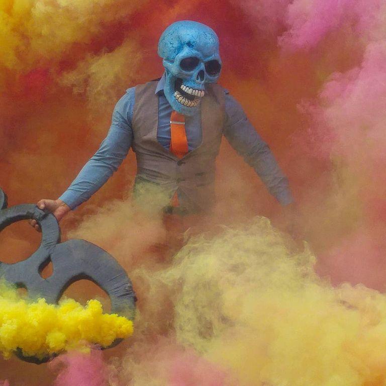 peinture fraiche skeleton color butch locsin