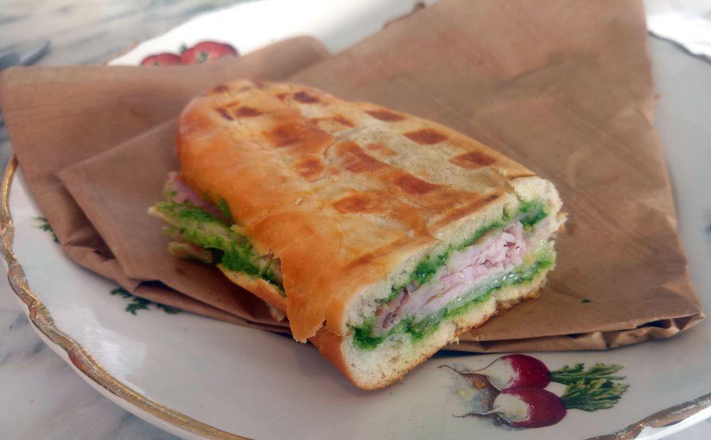 sandwich toaste brioche ravigote annexe