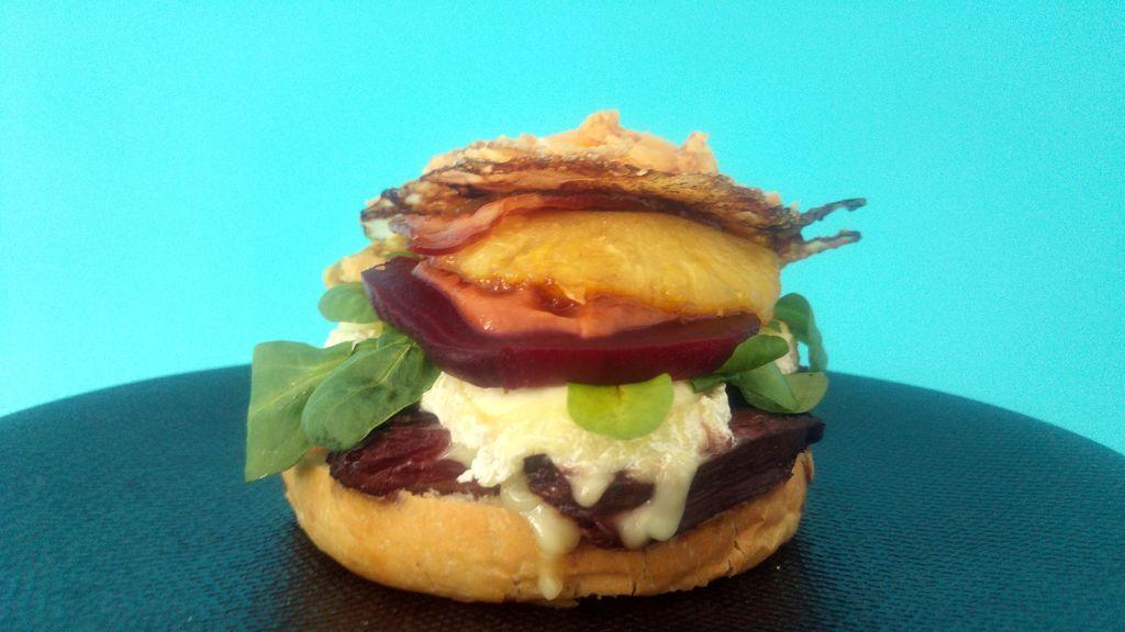 assemblage burger