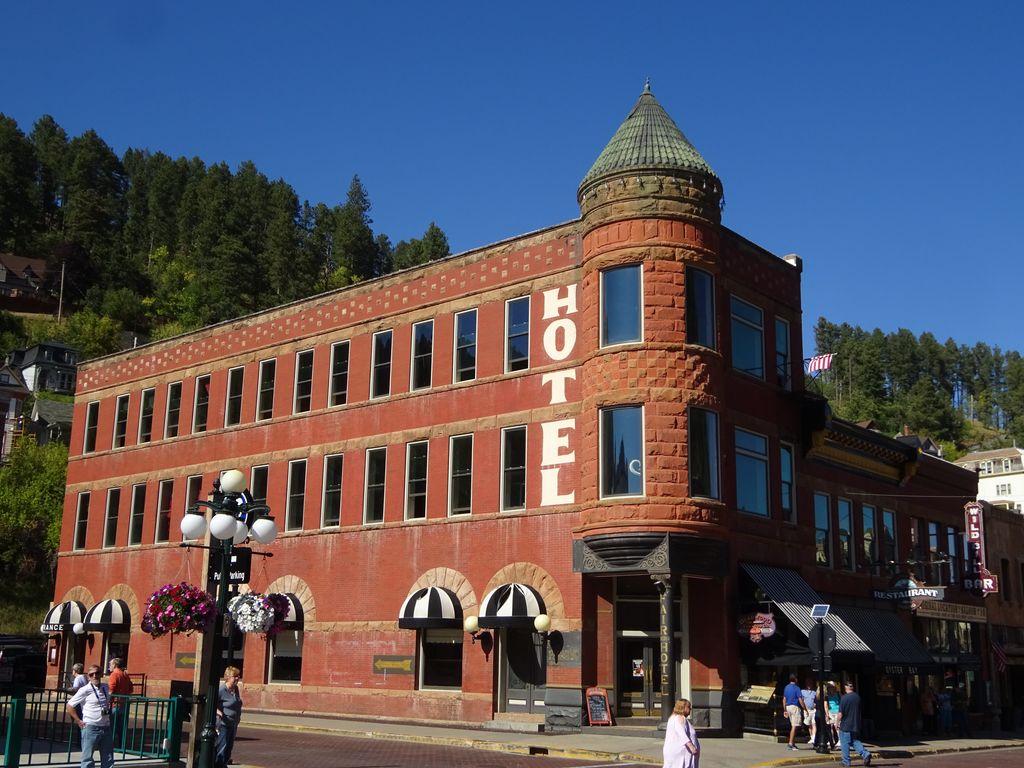 deadwood fairmont hotel usa