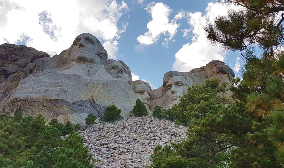 mont rushmore national memorial