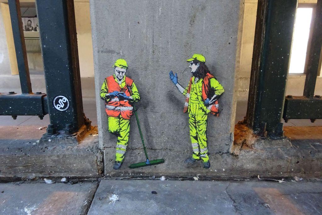 denver jaune street art workers