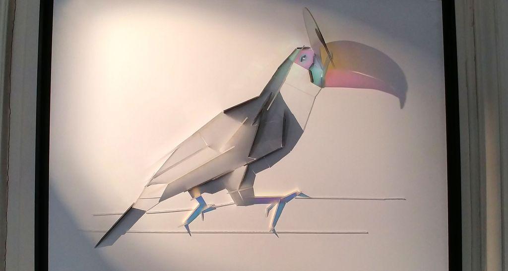 bestiaire street art toucan