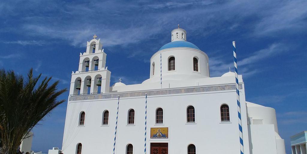 eglise orthodoxe oia