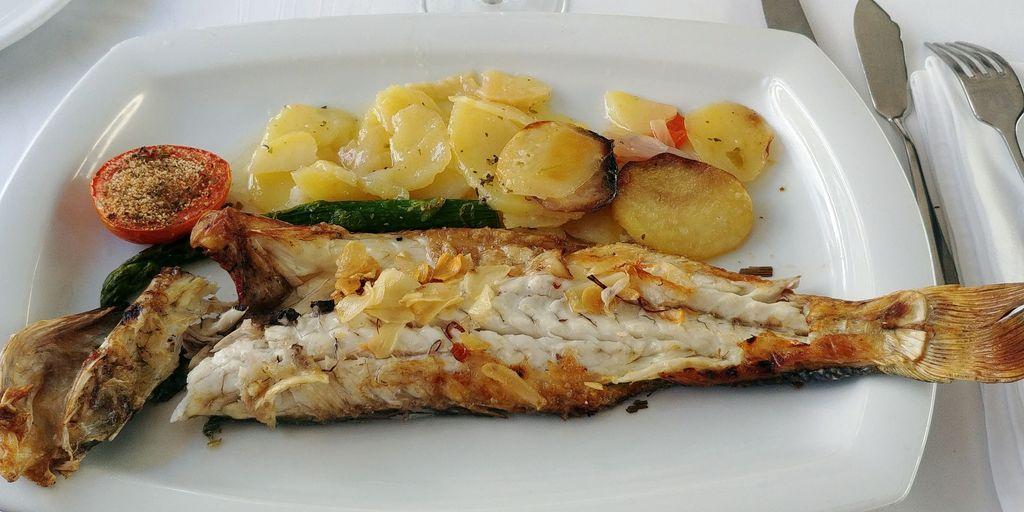 taberna puerto sitges poisson grillé