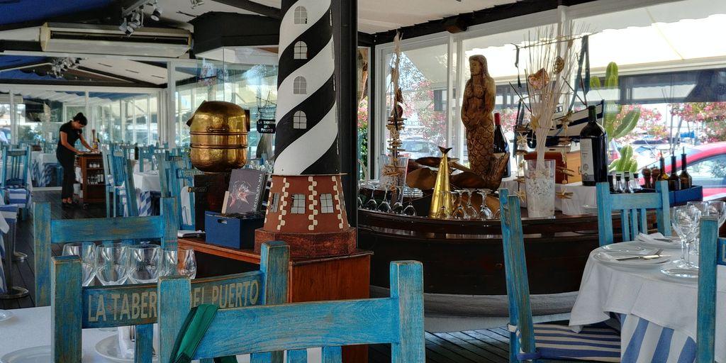 taverne du port marina sitges