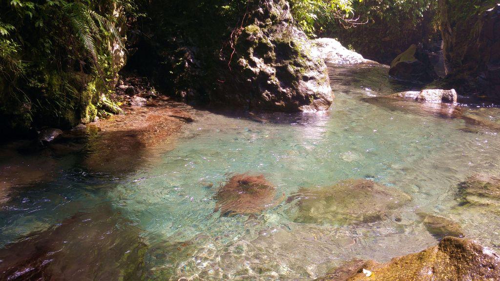 cascade de tiu kelep baignade lombok