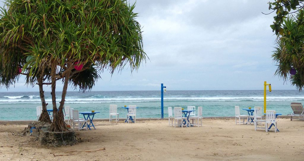 restaurant de plage gili trawangan