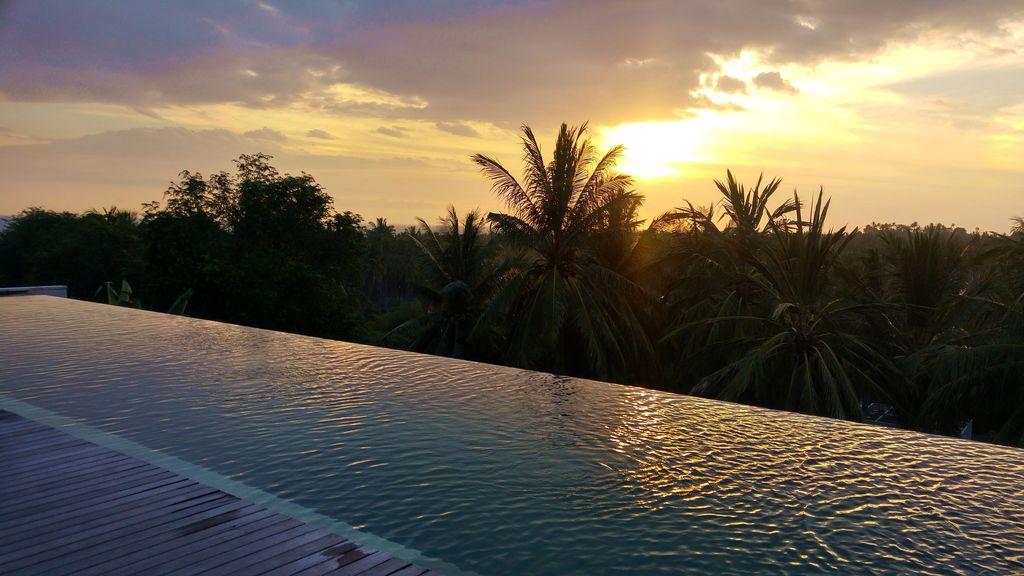 svarga resort infinity pool