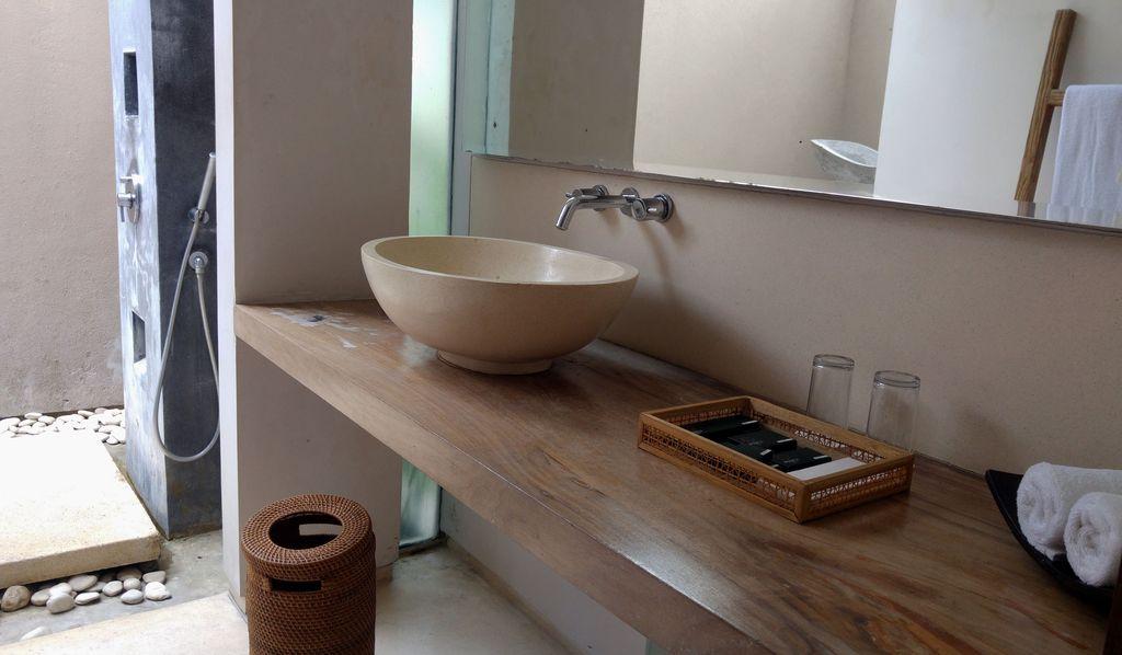 svarga resort salle de bains