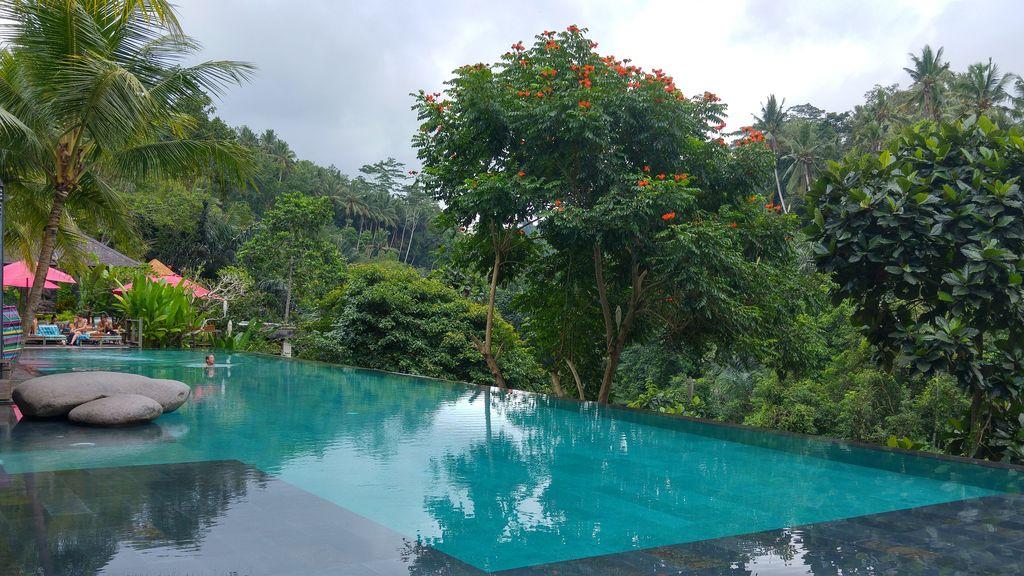 piscine a debordement a bali