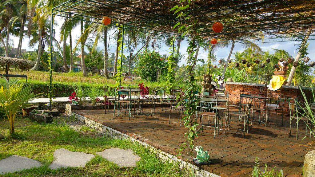 sweet orange cafe bali