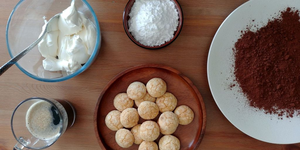 ingredients pour truffes tiramisu vus du dessus