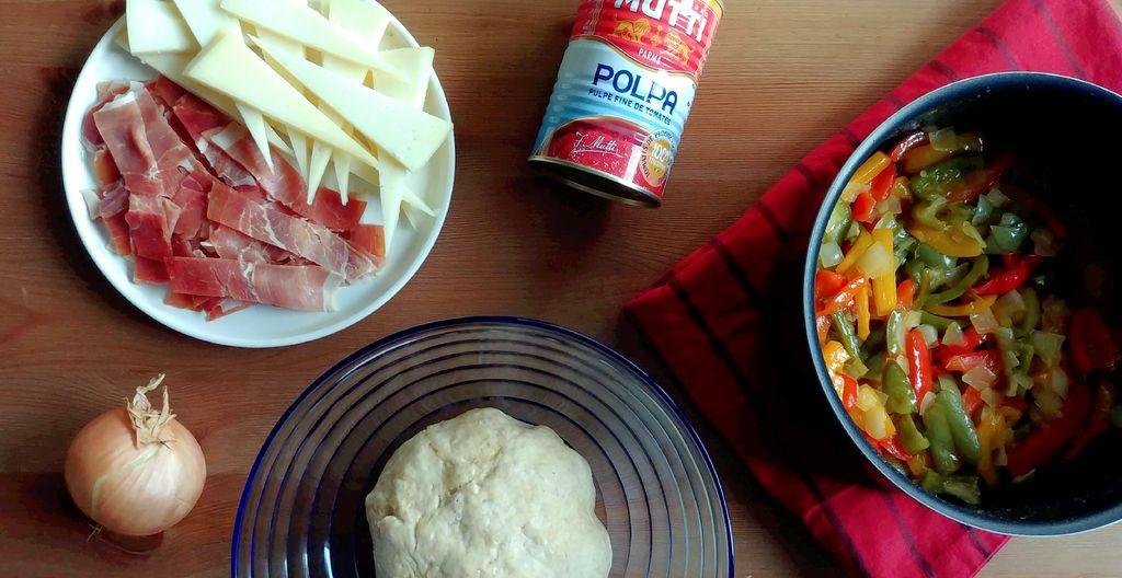 ingredients pour faire une pizza basque