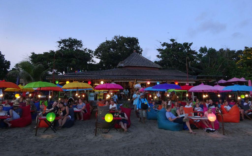 cocktail sur le plage de seminyak