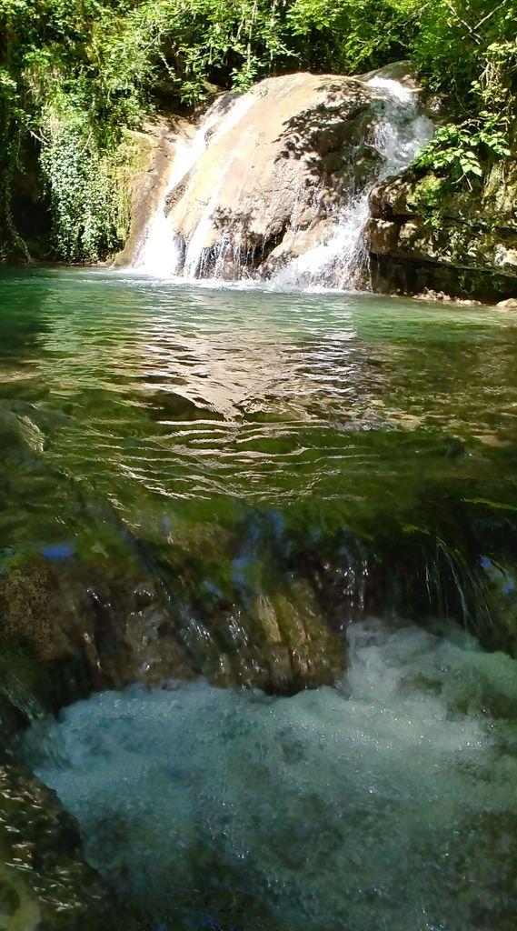 cascade de riviere