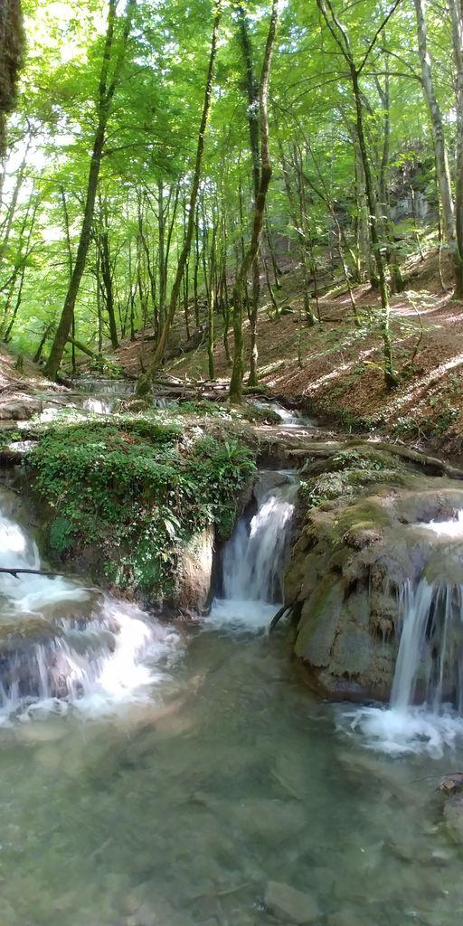 belle cascade en rhone-alpes