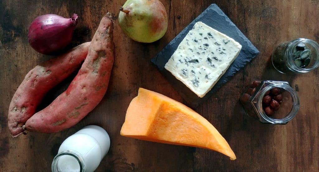 ingredients pour soupe de patate douce, courge, poire et bleu
