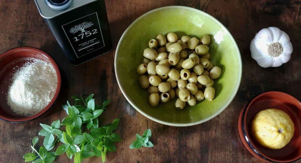 recette-pistounade-olive-amande-basilic